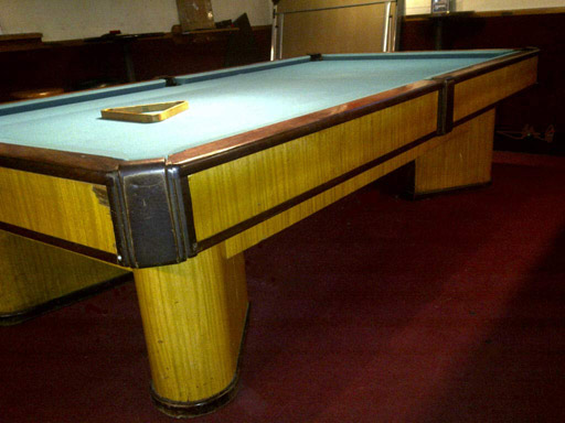 BRUNSWICK BRIDGEPORT WITH DRAWER POOL TABLE